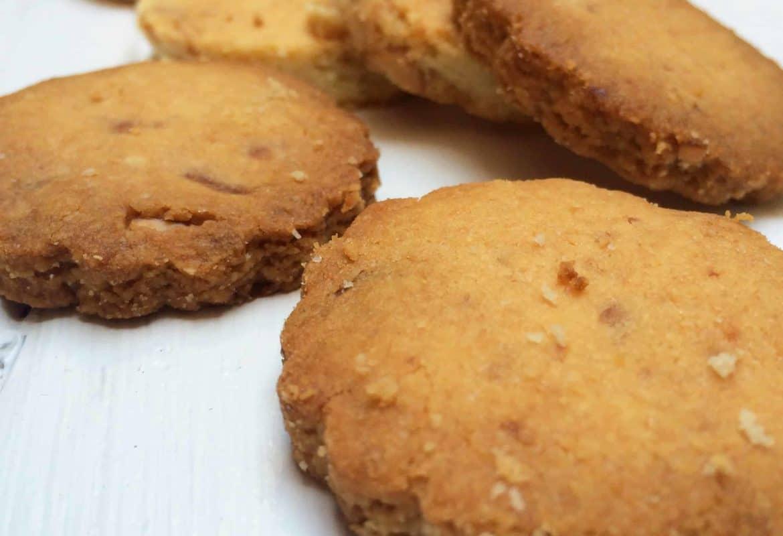 Receta de galletas de naranja y cacahuete