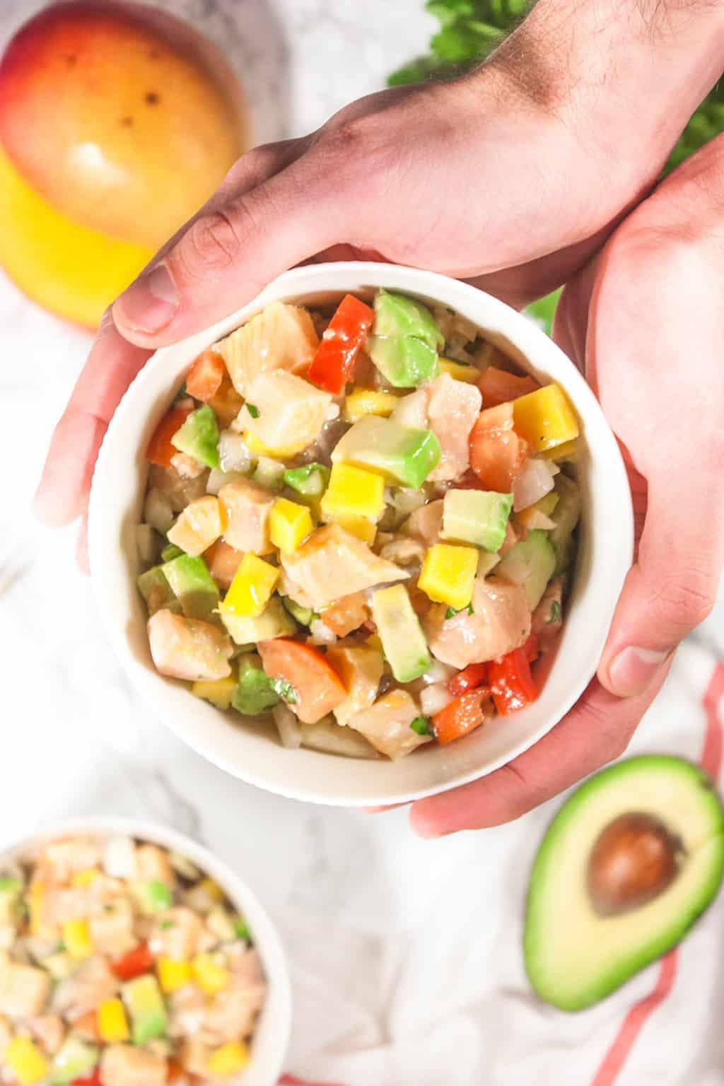 Ceviche salmon aguacate mango