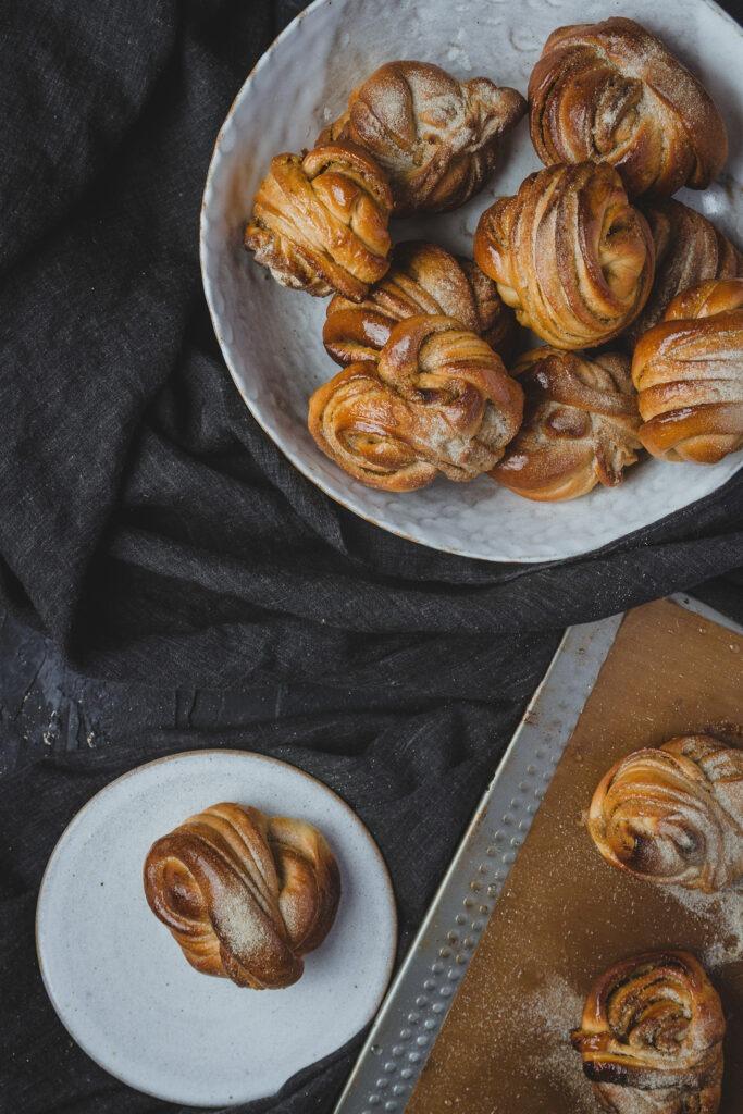 swedish buns cardamom